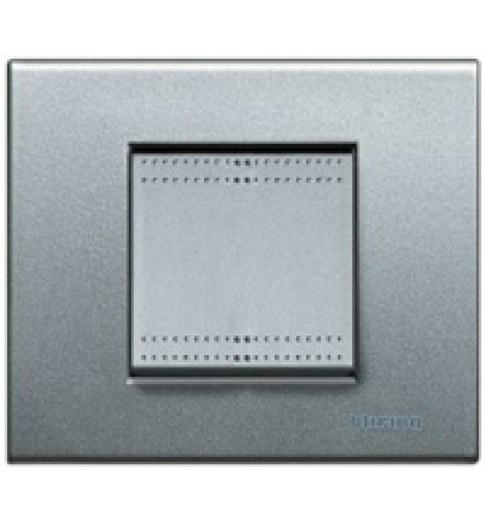 NT4802TH Quadro Living Light